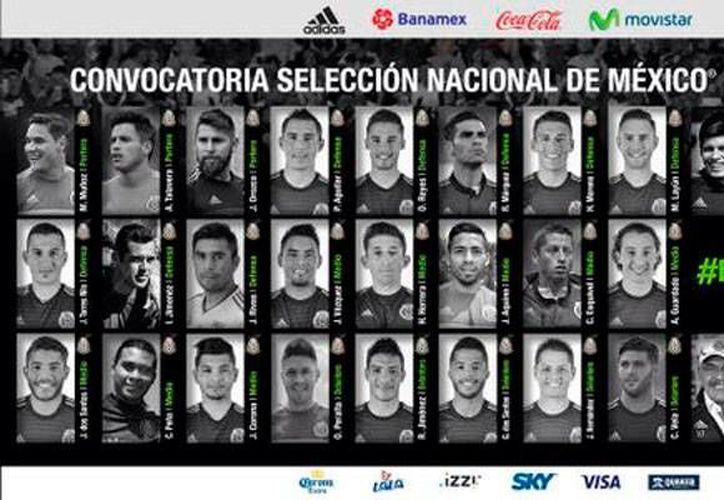Imagen difundida en la cuenta de Twitter de la Selección Mexicana, en la que puede verse a los 25 convocados para el partido contra Estados Unidos. (@miseleccionmx)