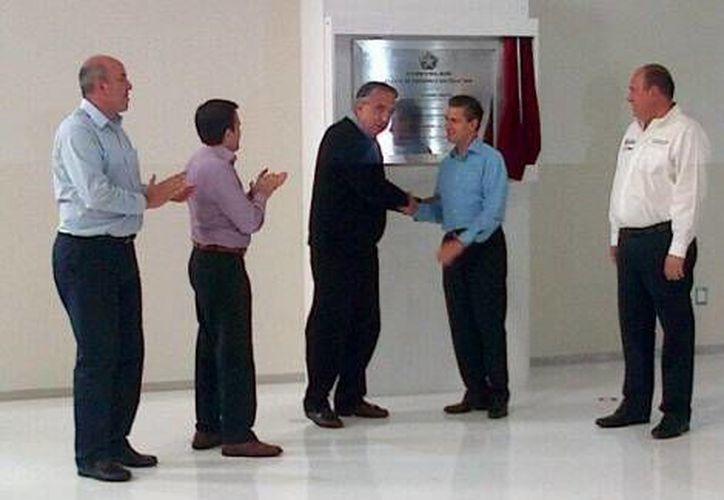 El Presidente inauguró en Saltillo la planta de ensamble ProMaster de la empresa automotriz Chrysler. (Milenio)