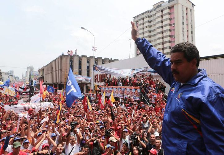 Nicolás Maduro durante una caravana electoral en la ciudad de San Cristóbal, Estado Táchira. (EFE)