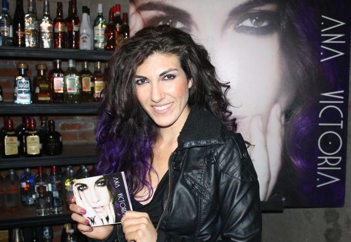Ana Victoria se prepara para su nuevo disco en Los Angeles. (seryhumano.com)