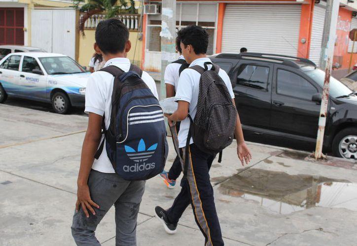 En Quintana Roo, diariamente 21 alumnos de educación media superior abandonan las aulas. Foto: (Alejandra Carrión/SIPSE)