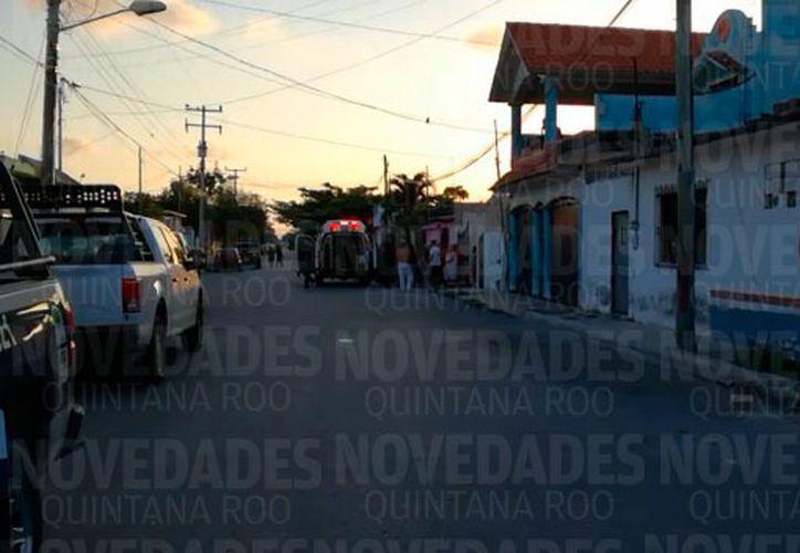Paramédicos de la Cruz Roja arribaron de inmediato al lugar de los hechos. (Foto: Captura de pantalla).