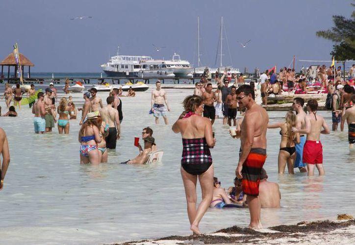 Cancún y Puerto Morelos reportan 948 mil 904 habitaciones noche ocupadas.(Contexto/SIPSE)