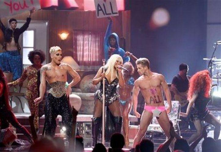 Christina Aguilera dijo que Chaney le robó parte de los momentos privados que comparte con sus amigos. (Milenio)