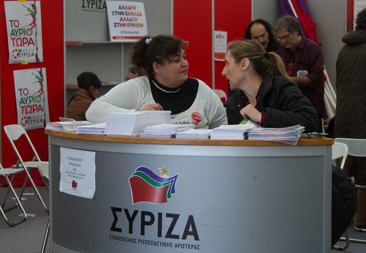 Syriza realizó su campaña electoral con la promesa de renegociar la deuda que agobia a Grecia desde hace varios años. (Notimex)