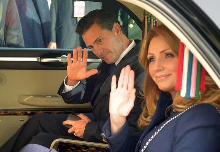 El presidente Enrique Peña Nieto y su esposa, la señora Angélica Rivera, en imagen de archivo. (Foto: Notimex)