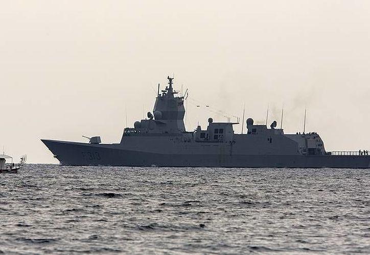 Foto del buque noruego 'Helge Ingstad' entre Chipre y Siria. (Agencias)