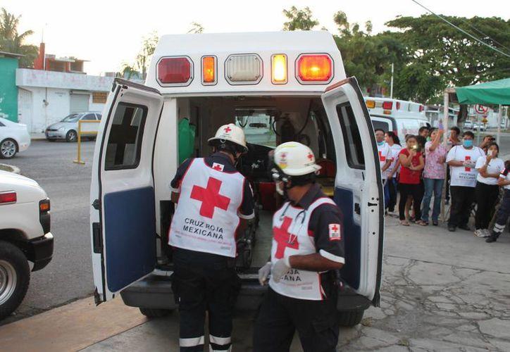La Cruz Roja busca alternativas y más donadores altruistas para continuar ofreciendo servicio. (Harold Alcocer/SIPSE)