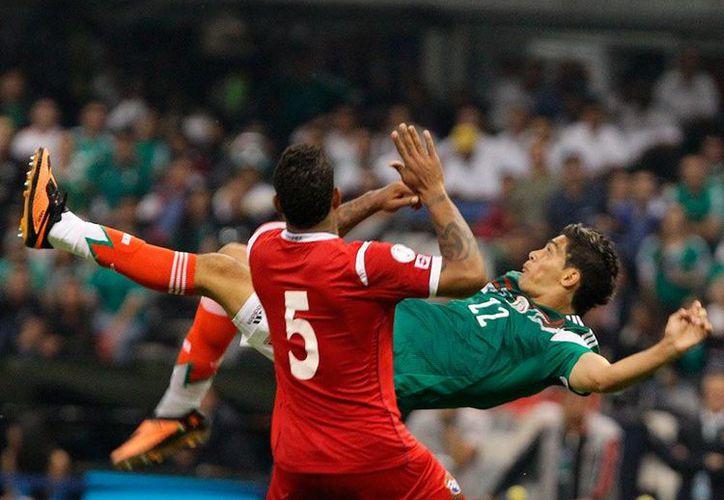 La chilena de Raúl Jiménez en el partido del Tri ante Panamá. (Mexport)