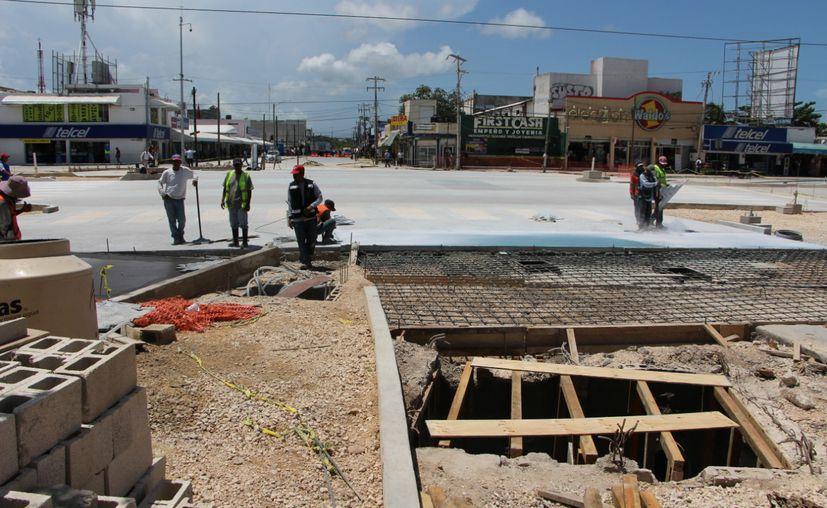 """El próximo viernes deberá reanudarse la circulación en la zona conocida como """"El Crucero"""", de Cancún. (Paola Chimante/SIPSE)"""