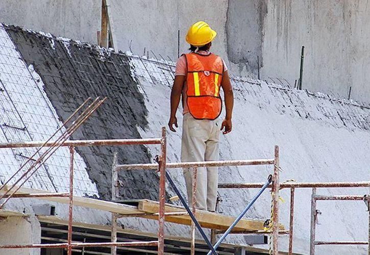 En México, los accidentes de trabajo son la primera causa de incapacidad, apuntó la CTM. (Archivo/SIPSE)