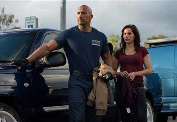 'La Roca',  Dwayne Johnson, se enfrenta a un gran reto en San Andreas, su nueva película. (AP)