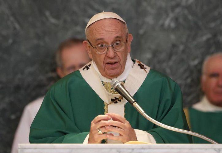 Papa Francisco lamentó que siguen llegando a Europa noticias de enfrentamientos en las regiones del Congo e Irak. (Alessandra Tarantino/AP)