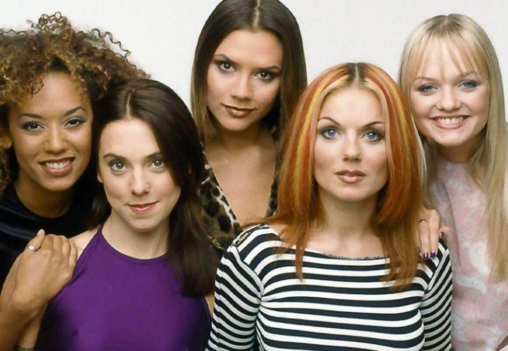 Las Spice Girls, grupo que logró sus mayores éxitos en la década de los 90, empezaron conversaciones desde el año pasado para su regreso a los escenarios. (Imagen tomada de Excelsior)