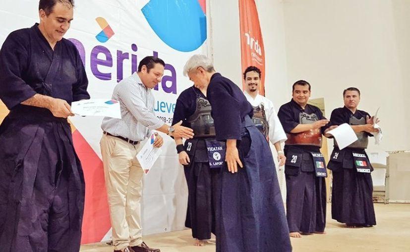 Premian a los mejores de la IV Copa Yucatán de Kendo en Ciudad Caucel. (Foto: Novedades Yucatán)