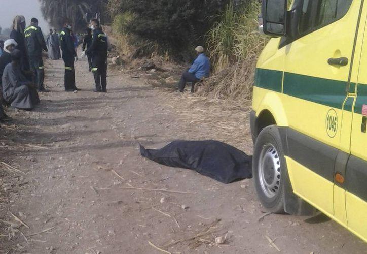 El accidente ocurrió a unos 300 metros de altitud. Todos los cadáveres fueron recuperados. (Agencias)