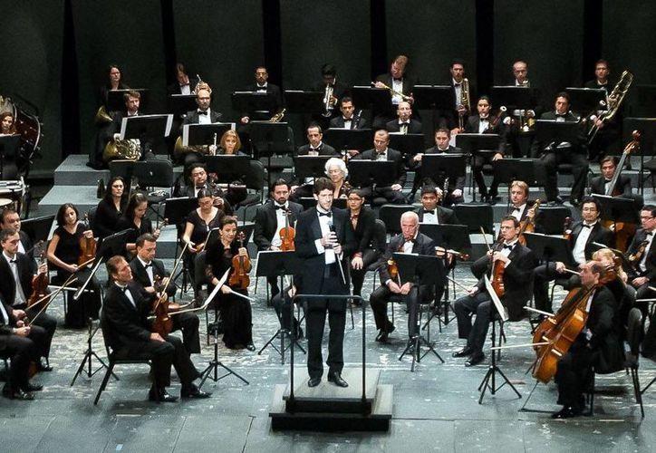 La Orquesta Sinfónica de Yucatán se presentarán en en el Palacio de Bellas Artes y en la sala 'Netzahualcóyotl' del Centro Cultural Universitario de la UNAM. (Archivo/SIPSE)