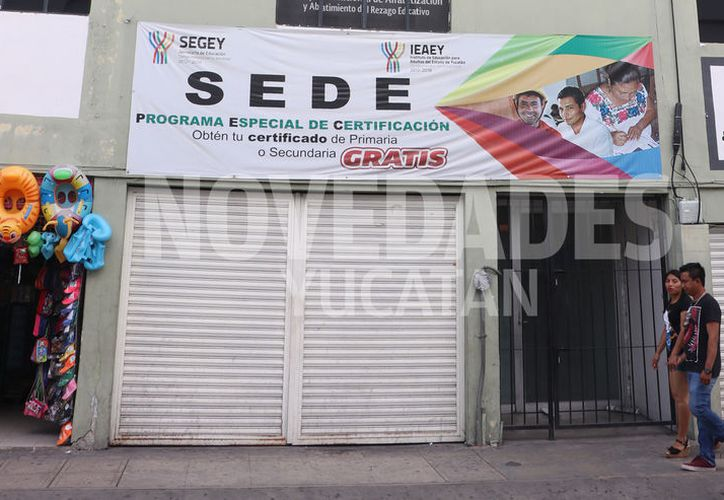 Luego de dos días, se reanudaron las labores en las oficinas de la dependencia. (Daniel Sandoval/Novedades Yucatán)