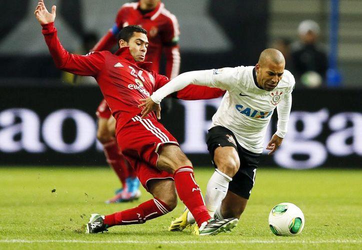 Corinthians espera al rival que saldrá del partido entre Chelsea y Monterrey. (Foto: EFE)