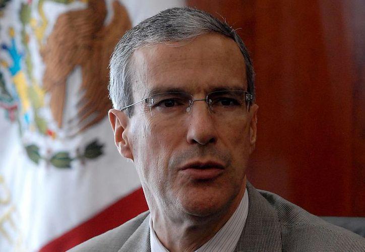 José González Morfín dijo que a partir de 2014 comenzarán los ajustes a reformas en las leyes secundarias, como la energética, la política y la de telecomunicaciones. (Notimex)