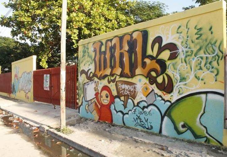 Durante el evento se realizó una exposición de graffiti. (Archivo/SIPSE)
