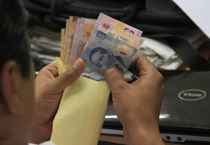 Desempleo y bajos sueldos, entre las principales causas de pobreza, en la entidad. (Foto: Milenio Novedades)