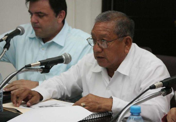 El secretario de Obras Públicas del Gobierno de Yucatán, Daniel Quintal Ic, durante su comparecencia ante los diputados. (SIPSE)