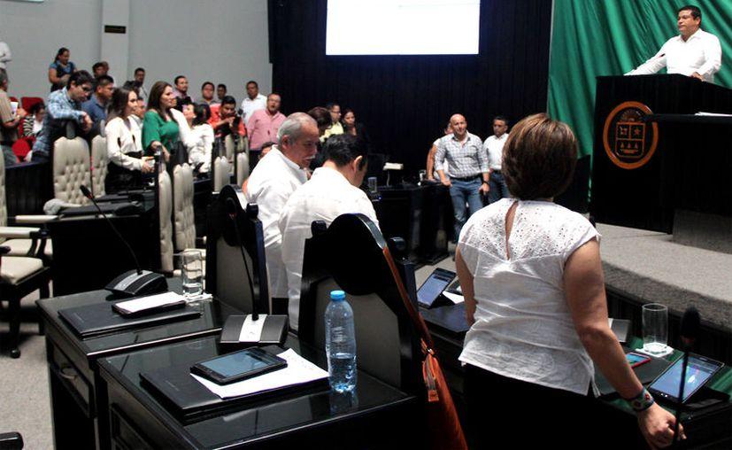 Aprueban reformas para establecer un plazo para el desahogo de iniciativas de los diputados. (Foto: Benjamín Pat / SIPSE)