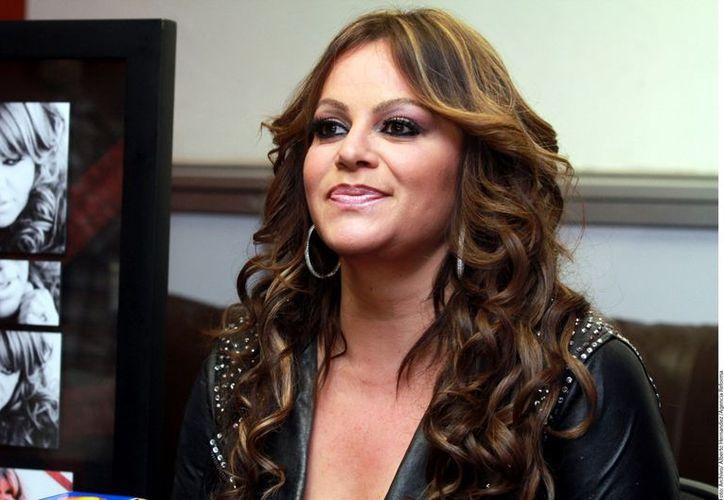 Jenni Rivera falleció el domingo pasado al desplomarse la avioneta en la que viajaba con otras seis personas. (REFORMA)