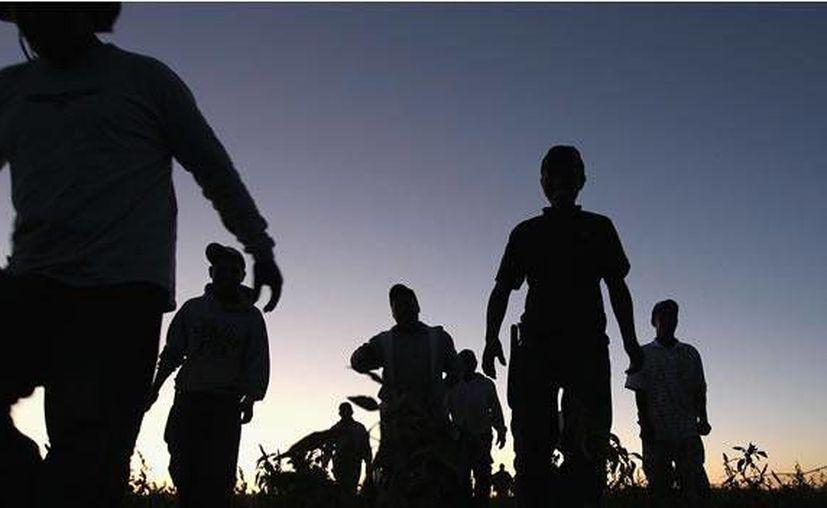 Los migrantes rescatados son 16 mujeres, nueve hombres y cinco menores. (mexico.cnn.com/Foto de contexto)