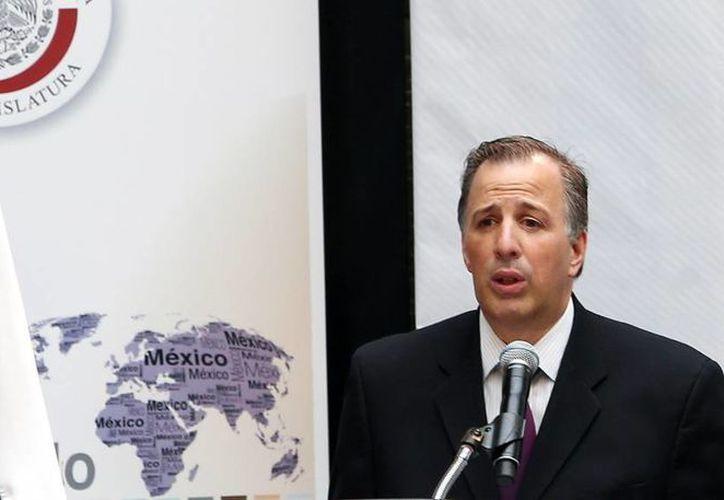 La SRE hace un llamado a la comunidad mexicana a mantenerse informada sobre el desarrollo del proceso de revisión de esta decisión judicial por medio de fuentes oficiales, así como de los 50 consulados. Imagen de Jose Antonio Meade, secretario de la SRE. (Notimex)