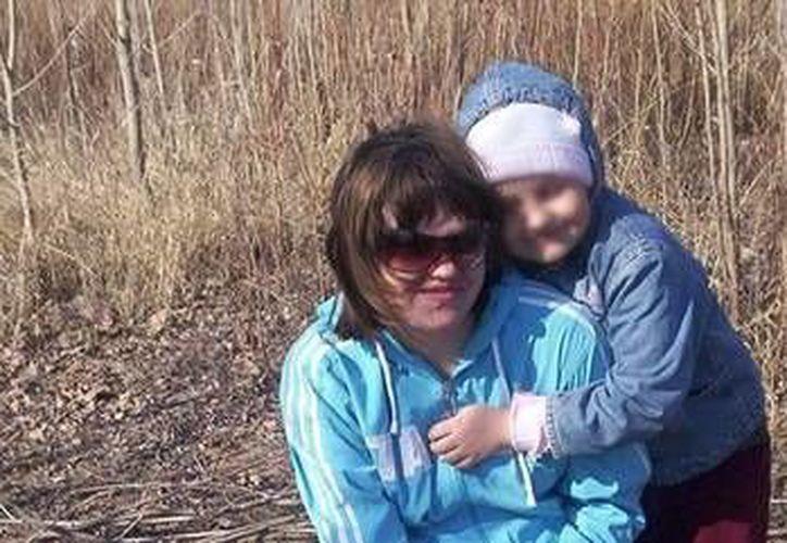 Tatiana Majnéyeva y su hija fueron trasladadas al hospital con quemaduras muy graves. (actualidad.rt.com)