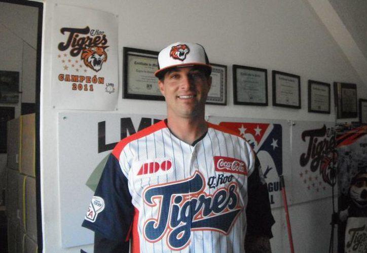 Dan Serafini complementa la plantilla de extranjeros de los Tigres de Quintana Roo para la temporada 2013. (Redacción/SIPSE)