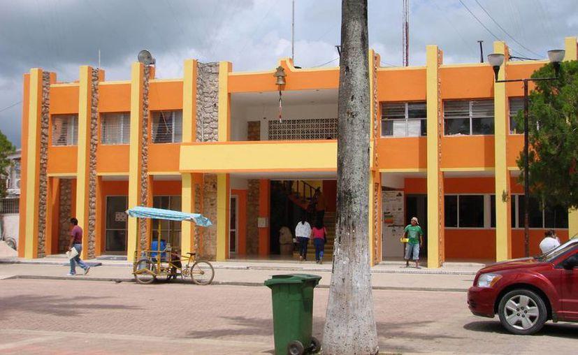 El Ayuntamiento de Felipe Carrillo Puerto cuenta con una nómina de mil 80 trabajadores. (Manuel Salazar/SIPSE)