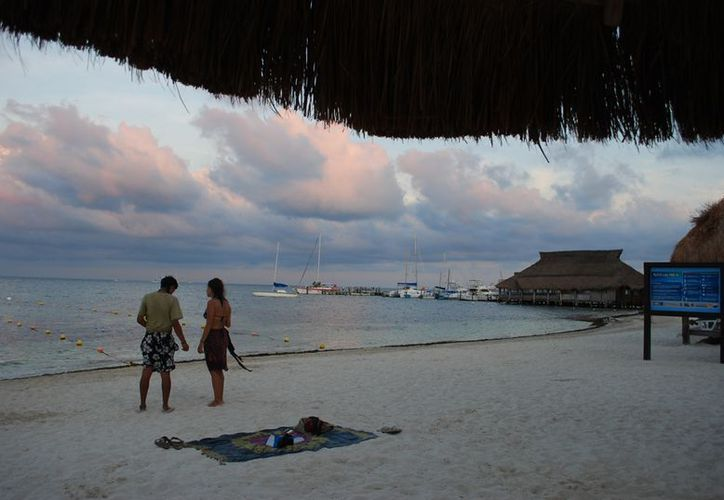 La certificación de playa es por dos años y existe una vigilancia constante para mantenerla en óptimas condiciones. (Israel Leal/SIPSE)
