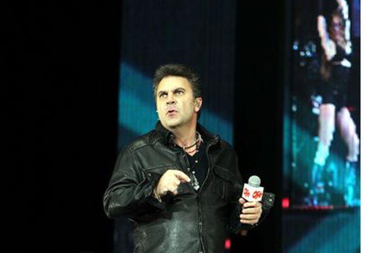 Mijares ya tiene 27 años en la escena musical. (Agencia Reforma)