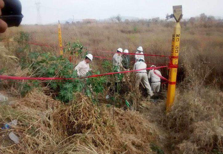 La toma clandestina de Pemex era operada desde un costado de la autopista Puebla-Tlaxcala, sin que ninguna autoridad se haya da cuenta. (Foto ilustrativa tomada de noticiasmvs.com)
