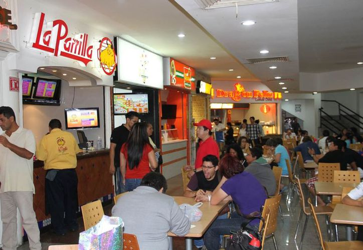 Algunos de los establecimientos exitosos son de la variedad gastronómica. (Israel Leal/SIPSE)