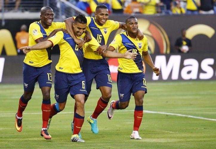 Ecuador goleó sin mayor problema a Haití con un 4-0 este domingo en el MetLife de East Rutherford. (AP)