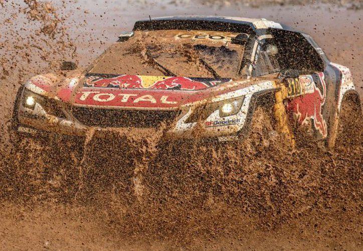 Carlos Sainz, lidera segunda etapa del Rally de Marruecos. (Foto: Ser Deportes)