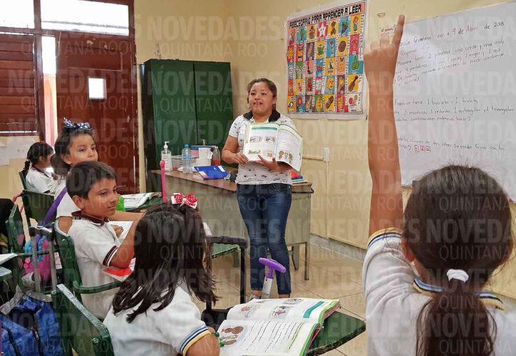 Todos los alumnos del nivel básico presentaron sus respectivas evaluaciones. (Jesús Tijerina/SIPSE)