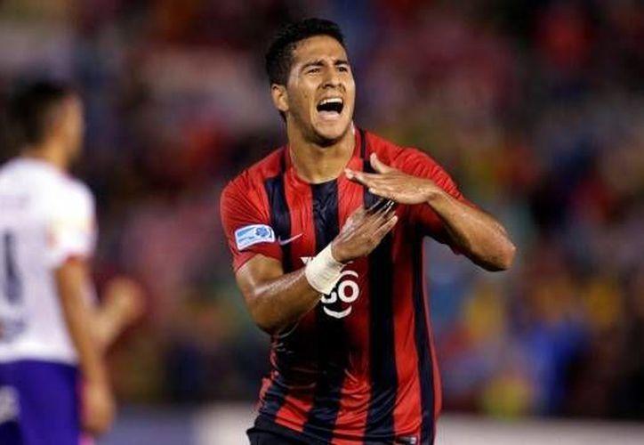 Cecilio Domínguez llegaría proveniente del Cerro Porteño, equipo en el que destacó como máximo goleador del Clausura 2016, con 14 tantos.(Foto tomada de Twitter/Cerro Porteño)