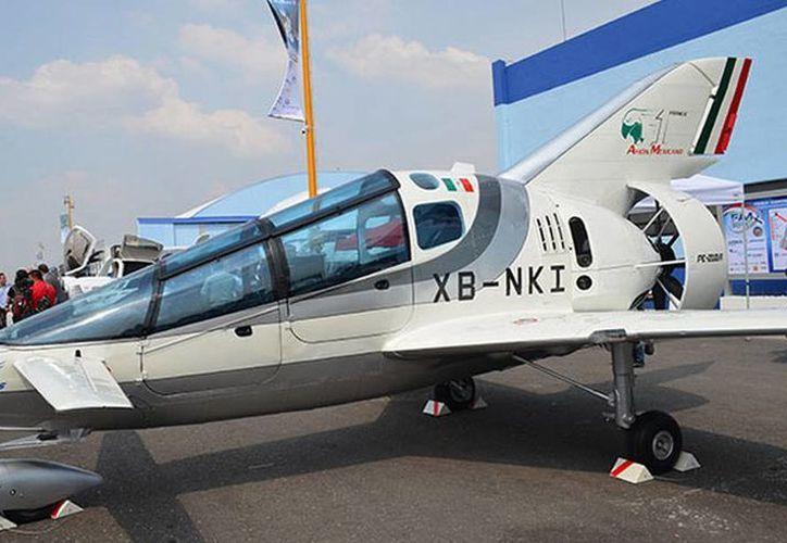 Se presentó el primer prototipo de avión mexicano de la era moderna, desarrollado con tecnología propia; será más ágil, veloz y eficiente. (Excelsior)