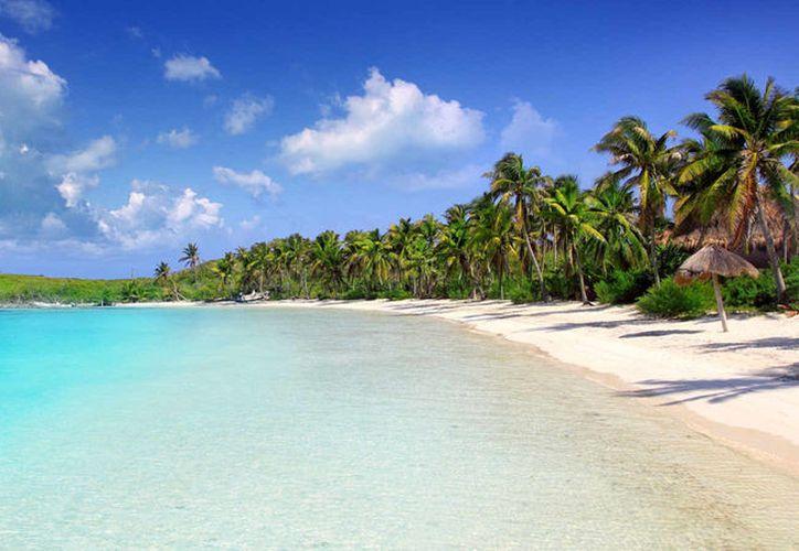Las playas de la Riviera Maya simulan una gran y natural alberca. (Foto: Contexto)