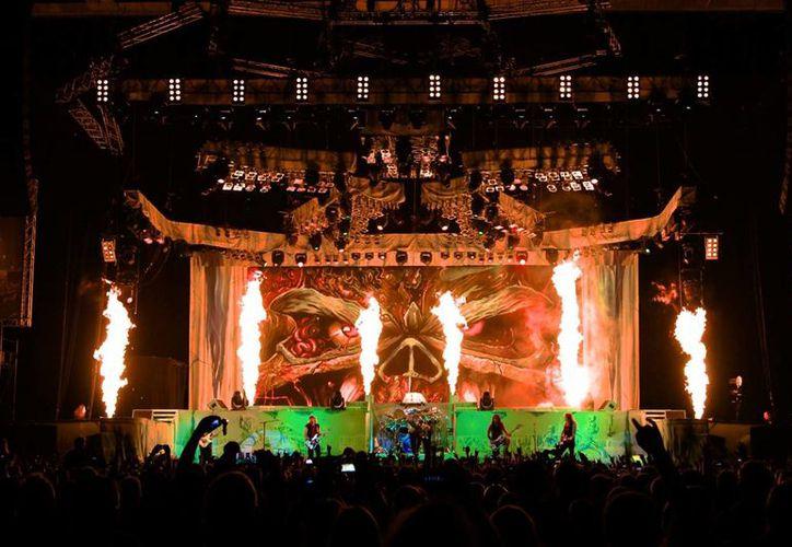 El concierto en Sao Paulo recaudo más de 2.5 mdd para las arcas del grupo. Brasil es uno de los países con mayor número de descargas ilegales de música de Iron Maiden. (Facebook/Iron Maiden)
