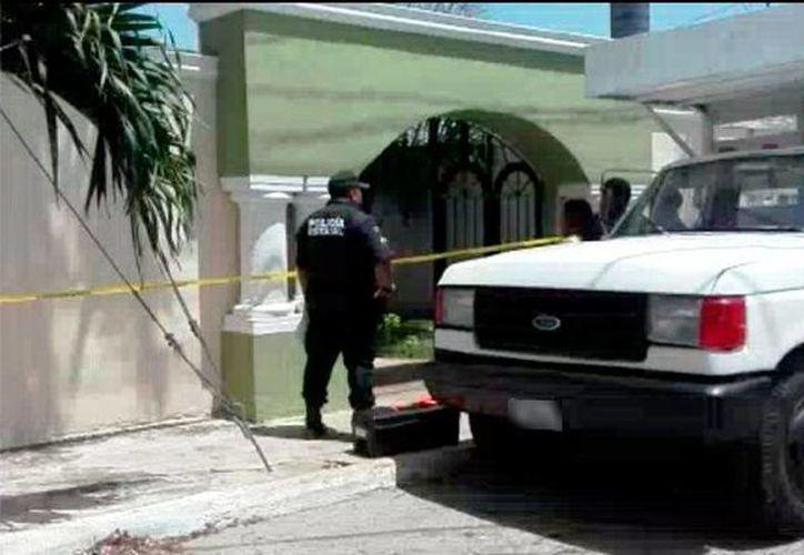 Dos personas asaltaron una oficina en el poniente de Mérida. Se llevaron 120 mil pesos. (SIPSE)