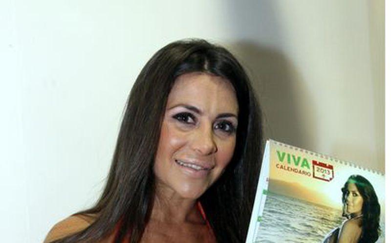 La Modelo Argentina Julia Orayen Edecan En El Primer Debate Presidencial Encabeza La Lista