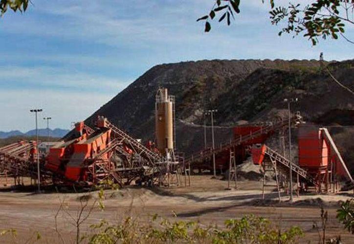 Robo de oro en una mina de Sinaloa: un comando armado se llevó 198 kilos, valuados en 8.5 millones de dólares. La imagen es únicamente ilustrativa. (reportenaranja.com)