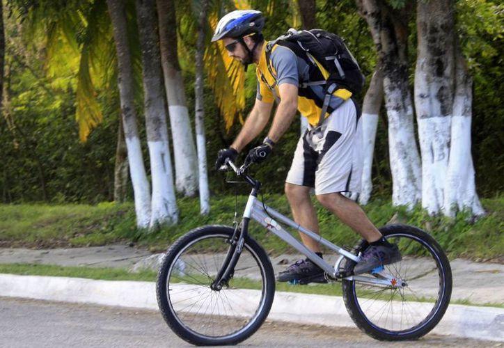 Se requiere obtener una membrecía para el uso de las bicicletas. (Harold Alcocer/SIPSE)