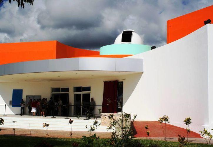 El documental Mundo de Hielo se estrenará este viernes en el Planetario Sayab, de Playa del Carmen. (Octavio Martínez/SIPSE)